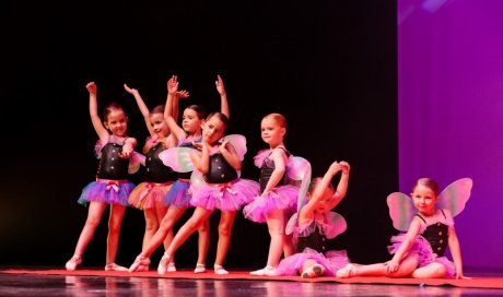 Cours de danse classique pour  fille  et garçon La Crau
